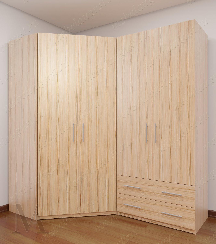 Четырехдверный распашной шкаф с выдвижными ящиками в спальню