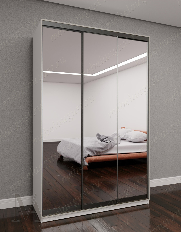 Белый 3-хдверный шкаф купе с зеркалом