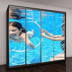 """Шкаф купе с фотопечатью """"Дети плавают под водой в бассейне"""""""