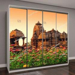 """Шкаф купе с фотопечатью """"Деви Ягдамба, закат на Западной группе храмов Кхаджурахо, Индия"""""""