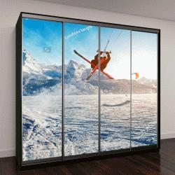 """Шкаф купе с фотопечатью """"Молодые люди катаются на лыжах по замерзшему озеру """""""