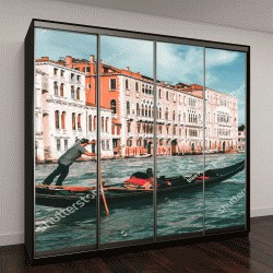 """Шкаф купе с фотопечатью """"Венецианский гондольер на гондоле в Венеции, Италия"""""""
