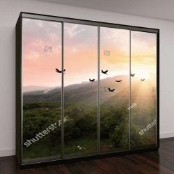 """Шкаф купе с фотопечатью """"Силуэт стаи птиц, летящих над долиной на фоне сумеречного неба на закате"""""""