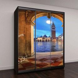 """Шкаф купе с фотопечатью """"ночной вид на площадь Сан-Марко в Венеции, Италия"""""""
