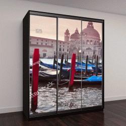 """Шкаф купе с фотопечатью """"Гондолы на канале в Венеции и церковь Санта-Мария делла Салюте """""""