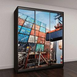 """Шкаф купе с фотопечатью """"Погрузка контейнера в грузовой корабль с промышленных кранов"""""""