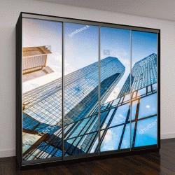 """Шкаф купе с фотопечатью """"Внизу вид на современные небоскребы в деловом районе """""""