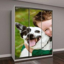 """Шкаф купе с фотопечатью """"Ребенок любовно обнимает собаку"""""""