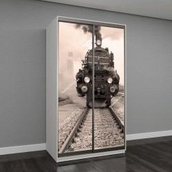 """Шкаф купе с фотопечатью """"вид спереди старого паровоза на австрийской железнодорожной станции"""""""