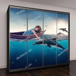 """Шкаф купе с фотопечатью """"Маленькая девочка играет с дельфинами"""""""
