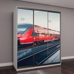 """Шкаф купе с фотопечатью """"железнодорожный вокзал с высокоскоростным красным поездом"""""""