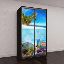 """Шкаф купе с фотопечатью """"Соломенная шляпа, сумка и солнцезащитные очки на тропическом пляже """""""