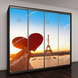 """Шкаф купе с фотопечатью """"сердце в руках, романтические каникулы в Париже"""""""