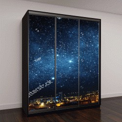 """Шкаф купе с фотопечатью """"Городской пейзаж ночного неба, усыпанного звездами"""""""