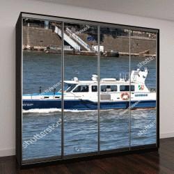 """Шкаф купе с фотопечатью """"полицейский патрульный катер на реке Рейн в Германии"""""""