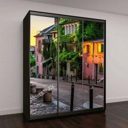 "Шкаф купе с фотопечатью ""Закат на старой улице в квартале Монмартр в Париже, Франция"""