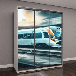 """Шкаф купе с фотопечатью """"высокоскоростной поезд в движении на железнодорожной станции на закате в Европе"""""""