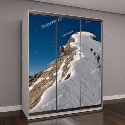 """Шкаф купе с фотопечатью """"Связка альпинистов взбирается на гору со снегом """""""