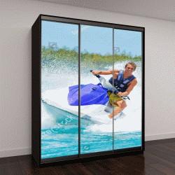 """Шкаф купе с фотопечатью """"Человек на водных лыжах развлекается в океане"""""""