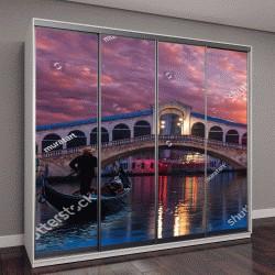 """Шкаф купе с фотопечатью """"Гондолы в районе моста Риальто в Венеции, Италия"""""""