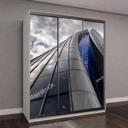 """Шкаф купе с фотопечатью """"небоскреб под облачным небом """""""