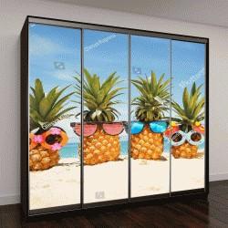 """Шкаф купе с фотопечатью """"смешные ананасы в стильных солнечных очках"""""""