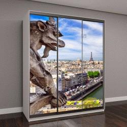 """Шкаф купе с фотопечатью """"Горгульи на Нотр Дам де Париж на фоне линии горизонта Парижа, Франция"""""""