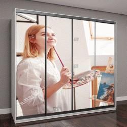 """Шкаф купе с фотопечатью """"Молодая женщина живопись художника в домашней студии"""""""