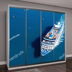 """Шкаф купе с фотопечатью """"Большой круизный корабль, плывущий по Средиземному морю"""""""