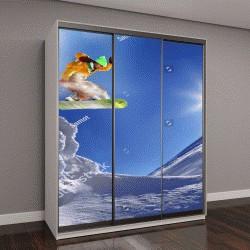 """Шкаф купе с фотопечатью """"Сноубордист, прыжки на фоне голубого неба"""""""