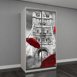 """Шкаф купе с фотопечатью """"Тауэрский мост на реке Темзе с летающими зонтиками"""""""