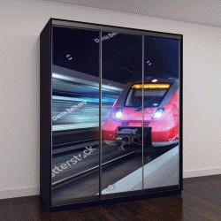 """Шкаф купе с фотопечатью """"движение современного высокоскоростного пассажирского поезда через железнодорожный вокзал в ночное время"""""""